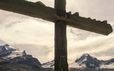 All'ombra della croce