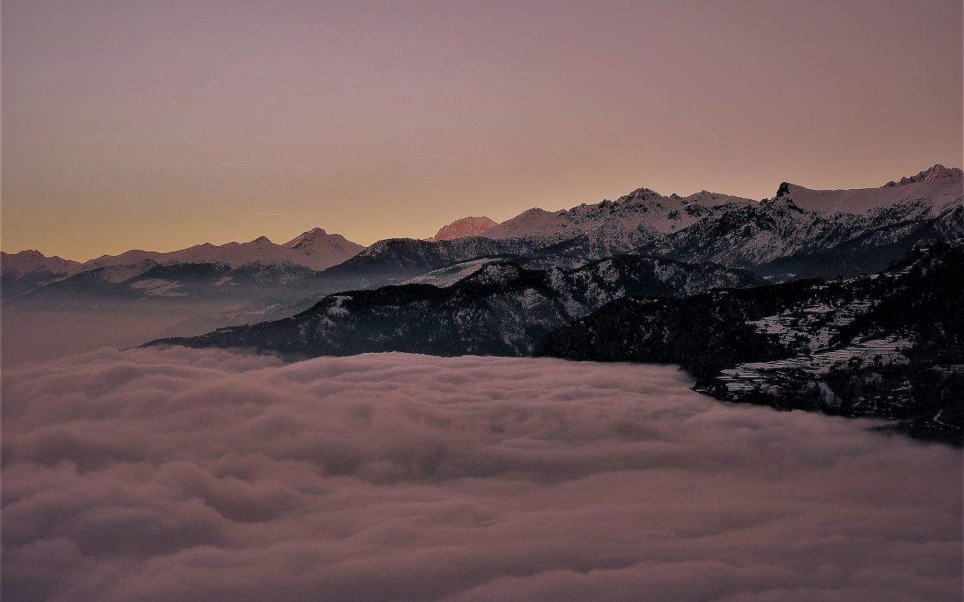 Mare di nuvole in Valle d'Aosta