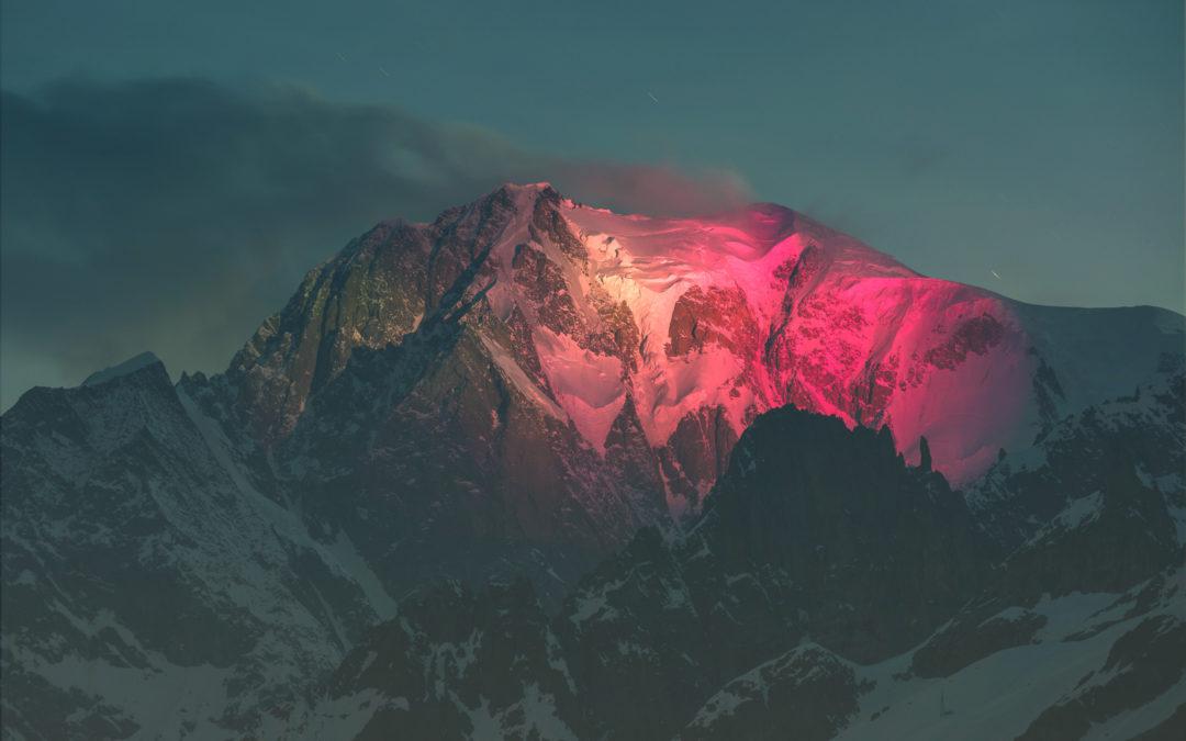 Monte Bianco vestito di rosa