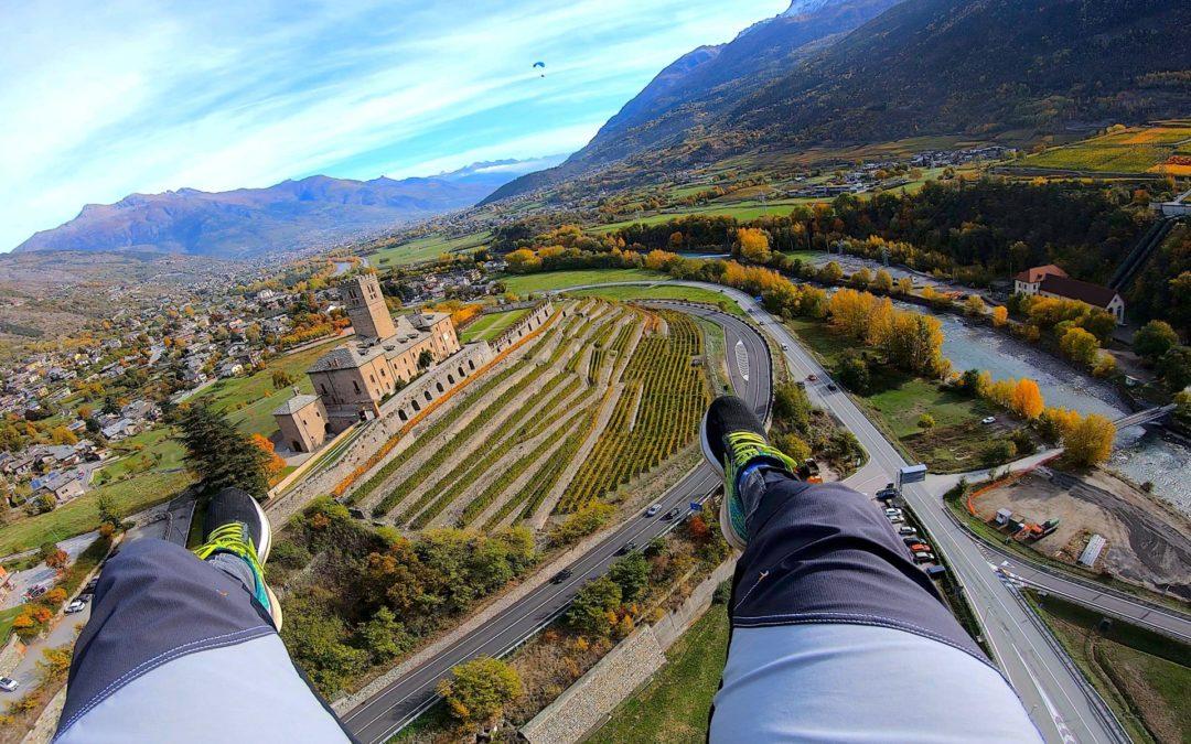 Il castello di Sarre volando
