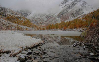 Prima neve della stagione al lago d'Arpy
